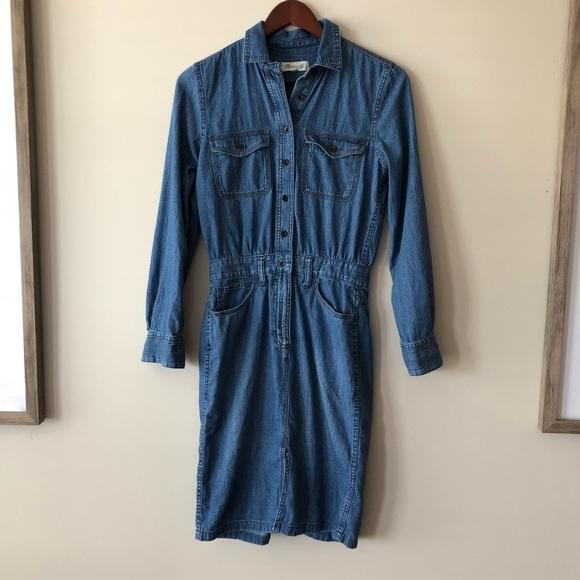 80f1e436f45 Madewell Dresses   Skirts - Madewell Denim Midi Shirtdress